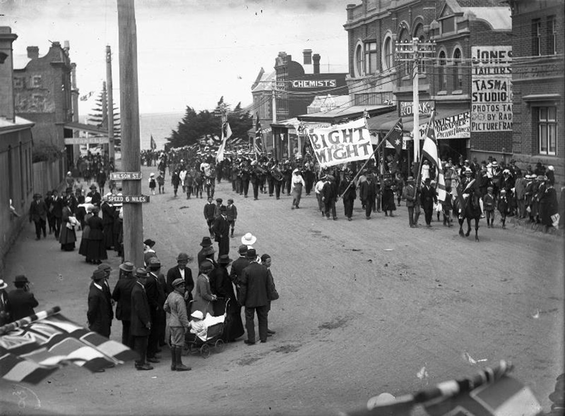 Victory Parade, Cattley Street, 1919 - WC6, 107.jpg